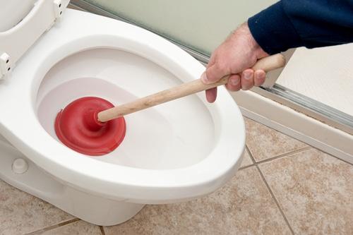 WC verstopt Den Haag
